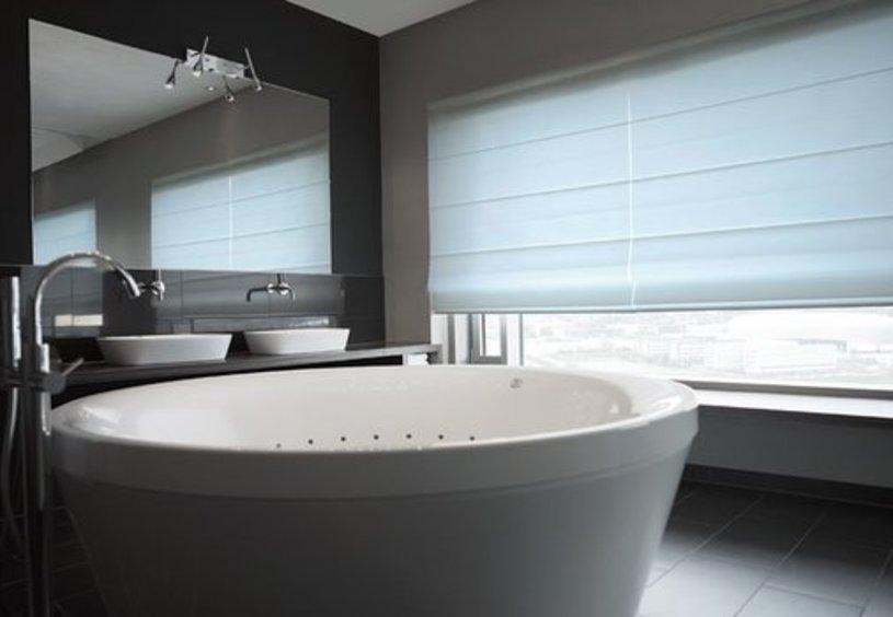 light filtering roman blinds